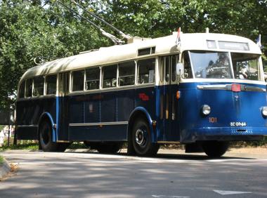 De allereerste trolleybus