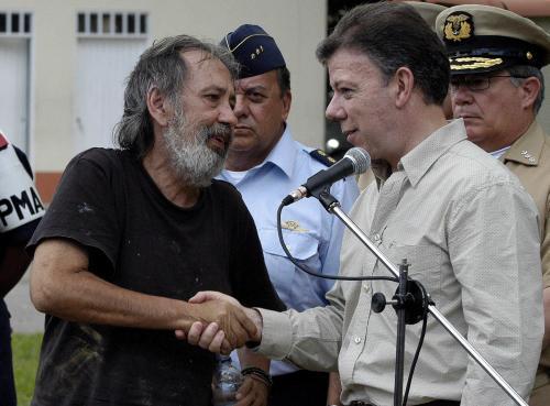 Ex-parlementariër Oscar Lizcano uit klauwen FARC ontsnapt