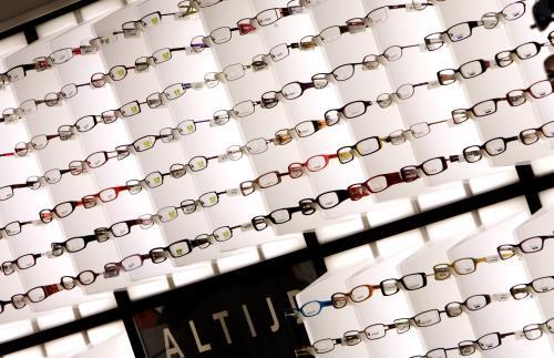 96ca14cea7abd7 FOK.nl   Nieuws   Een derde brildragers bezuinigt op nieuwe bril