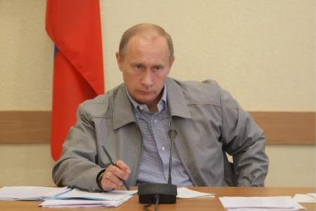 Oorlogsonderzoeker krijgt onderscheiding van Poetin
