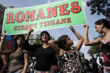 EU begint procedure tegen Frankrijk over Roma