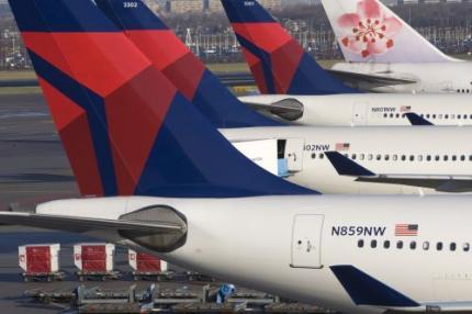 Vliegtuig terug wegens onhandelbare passagier