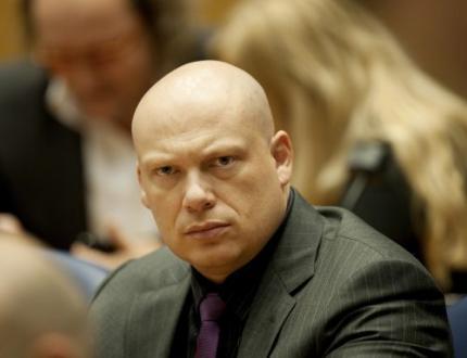Wilders gaat affaire-Lucassen uitzoeken