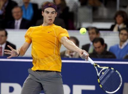 Spanjaarden verkiezen Nadal boven voetballers