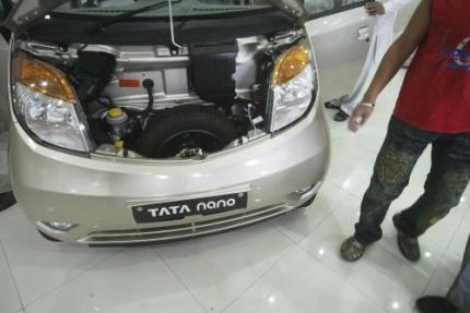 Verkoop's werelds goedkoopste auto keldert