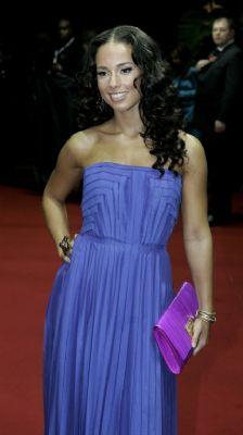 Zwangere Alicia Keys gaat trouwen