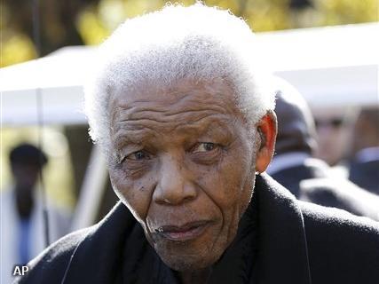 Nelson Mandela bij uitvaart achterkleinkind