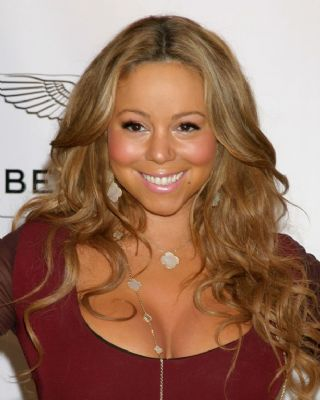 Kapper verbrandt hoofdhuid Mariah Carey
