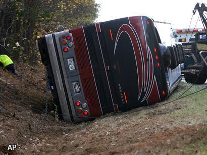 'Touringcarbedrijven wringen buschauffeurs uit'