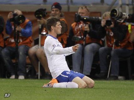 Huntelaar wil kans grijpen in kwalificatiereeks