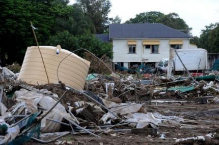 Inwoners kuststeden Queensland geëvacueerd