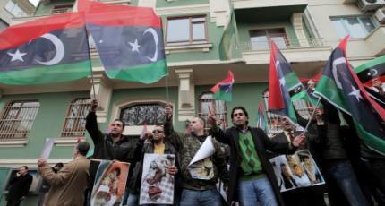 Libische minister kiest kant van betogers