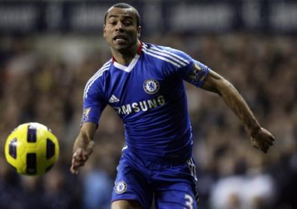 Cole speelt met Chelsea tegen United