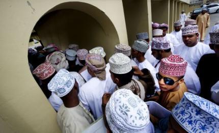 Stormloop Oman op door sultan beloofde banen