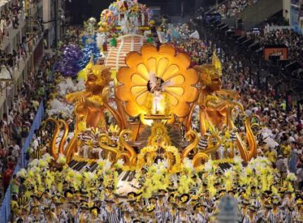 Beroemd carnaval van Rio begonnen