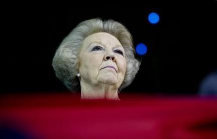 Koningin Beatrix voorpaginanieuws in Oman