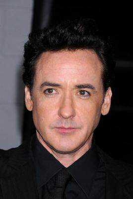 John Cusack speelt in komedie over dictator (Novum)