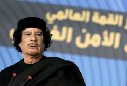 Rebellen bieden Kaddafi vrije aftocht aan