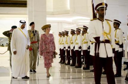 Koningin arriveert in Qatar