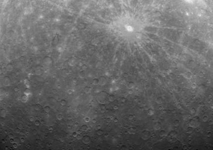 Sonde stuurt eerste foto's van Mercurius