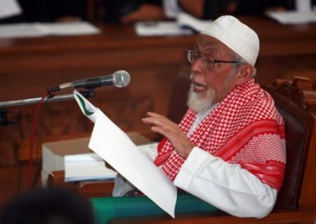 Indonesische prediker dreigt VS om Bin Laden