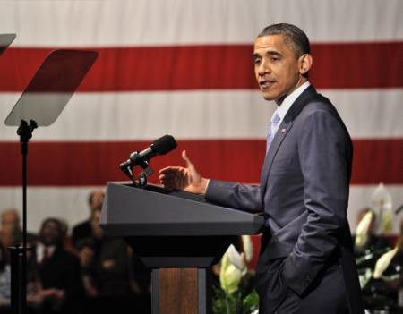 Obama breekt lans voor illegalen