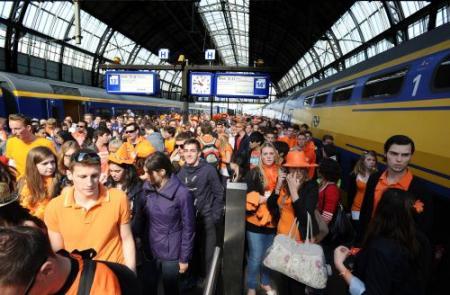Amsterdam wil toeslag trein op Koninginnedag