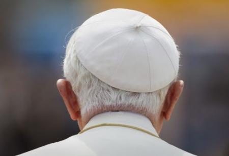 'Celibaat niet heilig volgens paus'