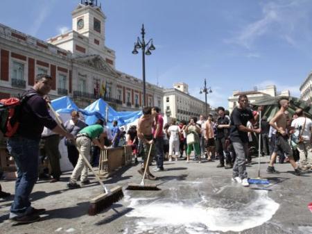 Demonstranten verlaten plein Madrid