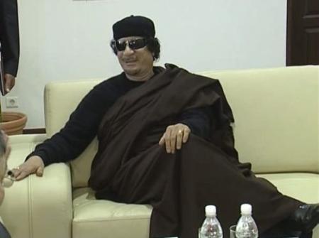 'Kaddafi overweegt Tripoli te verlaten'