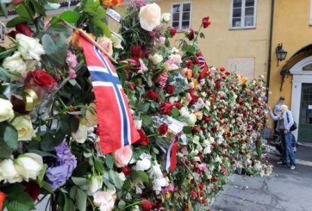 Herdenking bloedbad Noorwegen live op tv