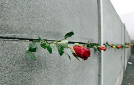 'Bouw Berlijnse Muur was juist'