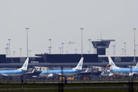 Steekvlammen bij vliegtuig Schiphol