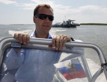Kim Jong-il ontmoet Medvedev