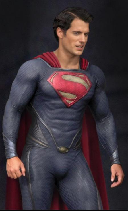 Man of Steel: Henry Cavill als Superman - closeup 2
