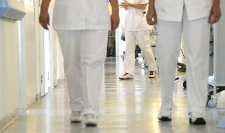 Afspraken over extra personeel in zorg