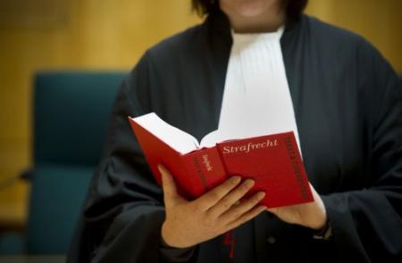 Steeds minder'gratis' advocaten bij ontslag