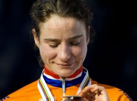 'Rabobank wil vrouwenploeg rond Vos'
