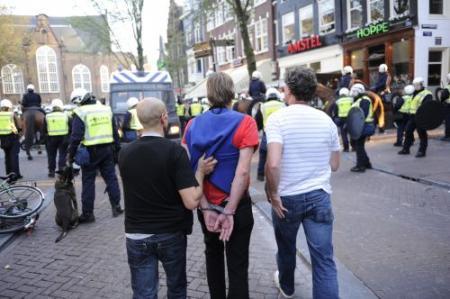17 arrestaties bij krakersdemonstratie