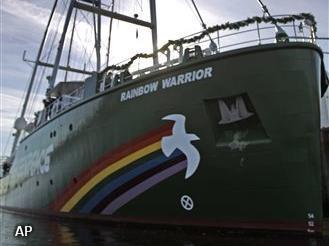 Greenpeace gooit zwerfkeien in Noordzee (Foto: Novum)