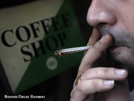 Inval bij coffeeshopketen tijdens rechtszaak (Foto: Novum)