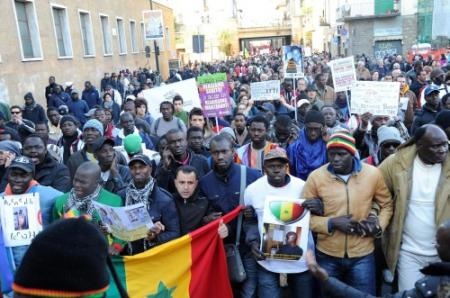 Duizenden protesteren tegen racisme in Italië