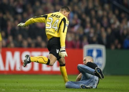 Aanklager KNVB trekt rode kaart Esteban in