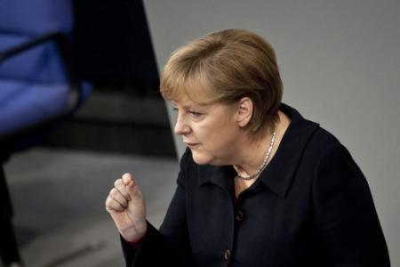 Merkel zet Grieken verder onder druk