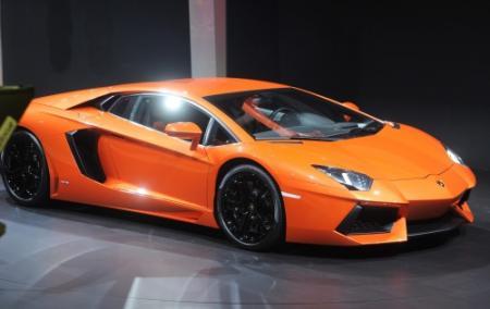 Stern wil doorstart autobedrijf van Hessing