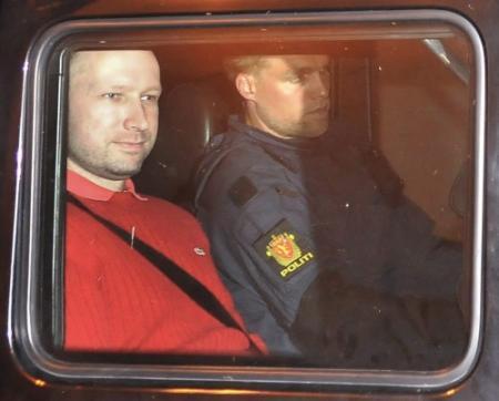 'Nieuw onderzoek naar psyche Breivik'