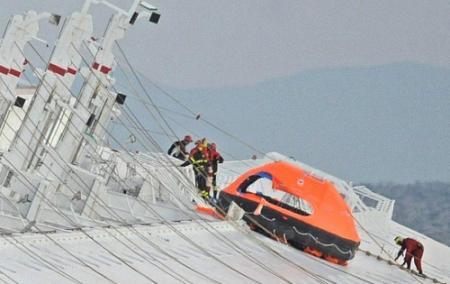 Italiaan gered uit cruiseschip