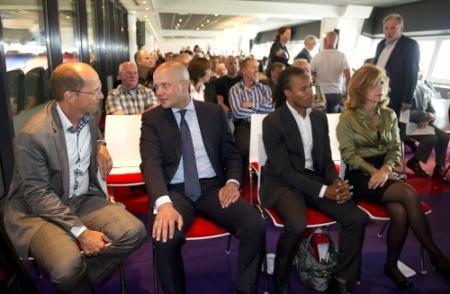 'Raad van commissarissen Ajax stapt op'