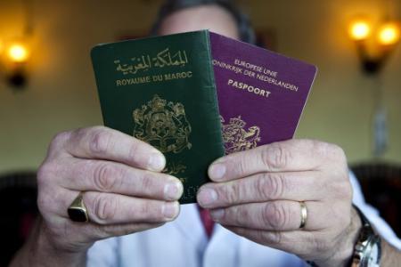 Directeuren tegen aanpak dubbele paspoorten