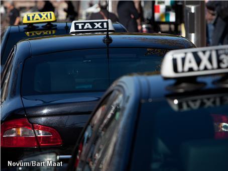 Taxichauffeur mag niet stinken (Foto: Novum)